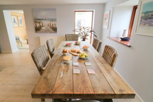 Trehelles Cornwall holiday cottage dining table
