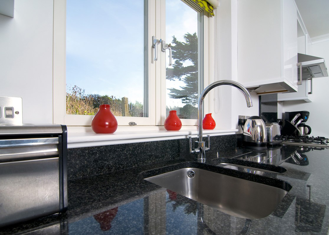 Pentire Ocean Blue holiday apartment kitchen views