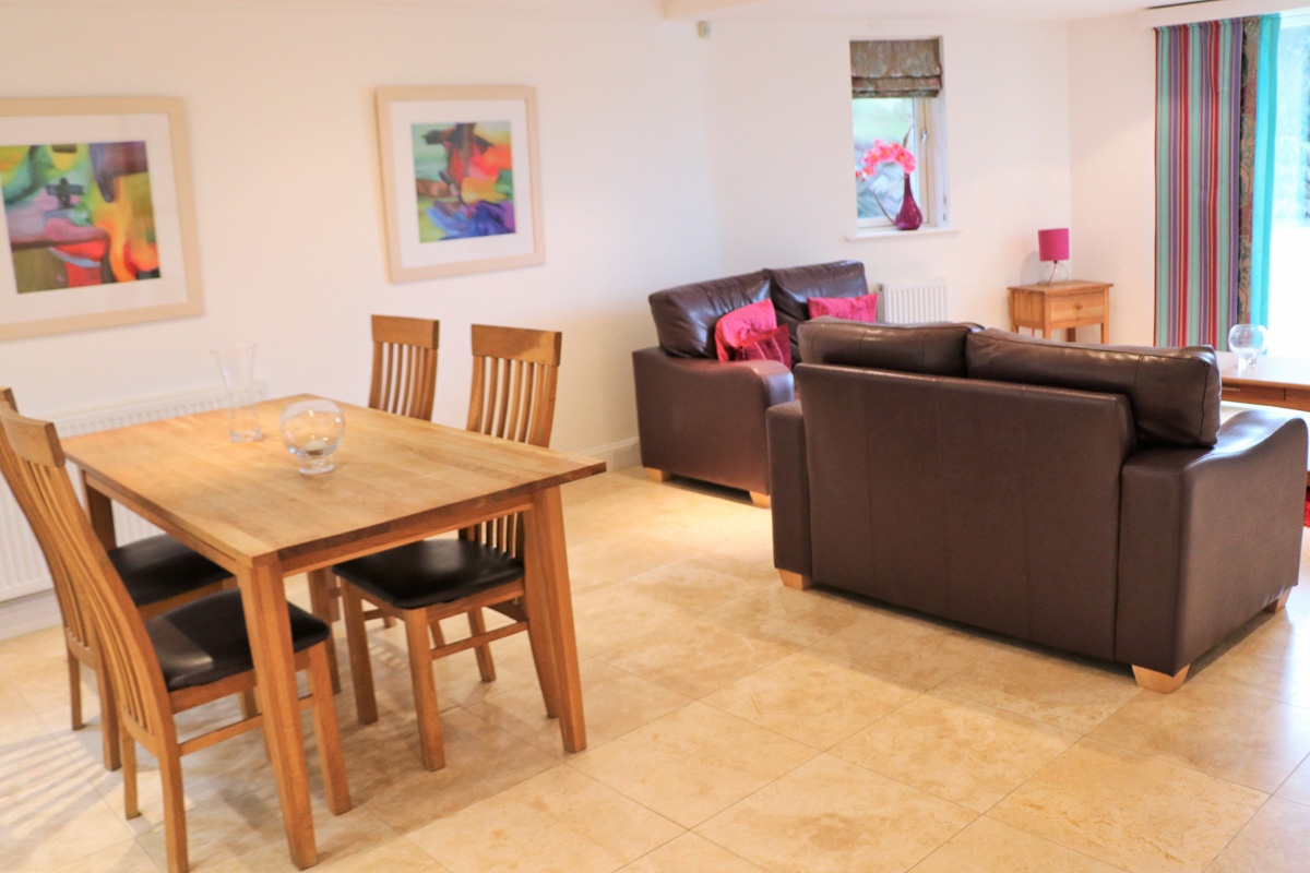 Trebetherick Ocean Blue Holiday apartment Cornwall open plan living