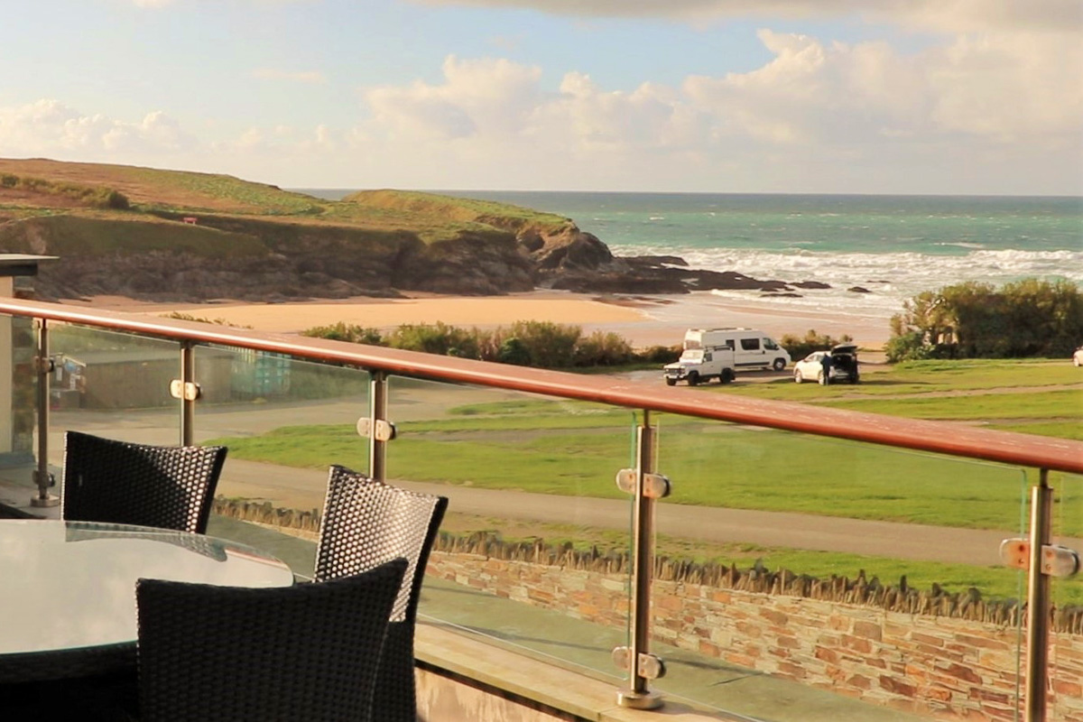 Trevose Ocean Blue Holiday apartment Cornwall sea views