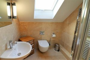 Trevose Ocean Blue Holiday apartment Cornwall small bathroom