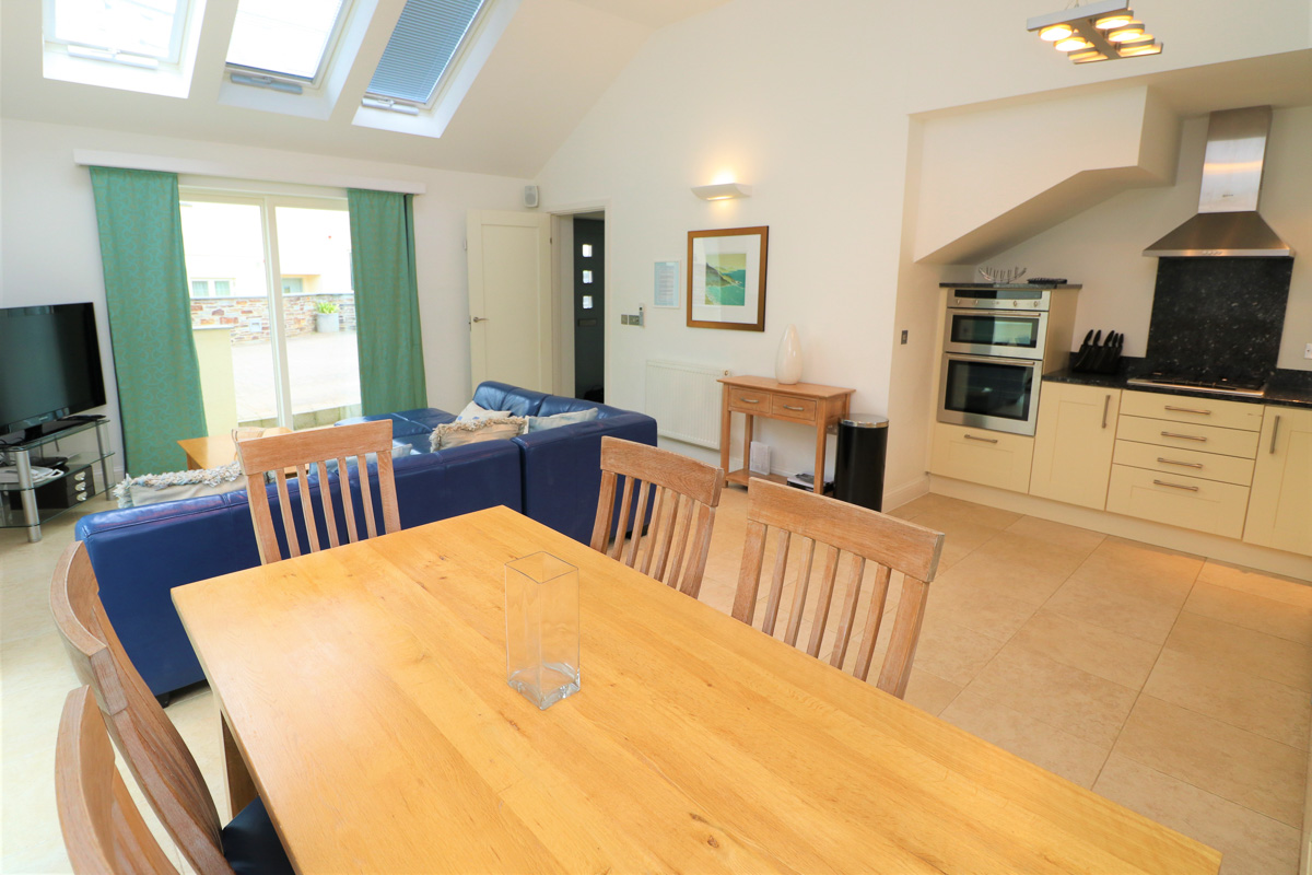 Bedruthan Holiday Cottage living area Cornwall