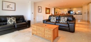daymar holiday cottage cornwall lounge