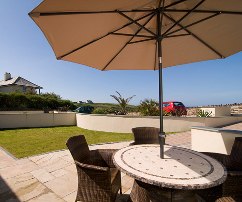 daymar holiday cottage cornwall fully furnished patio