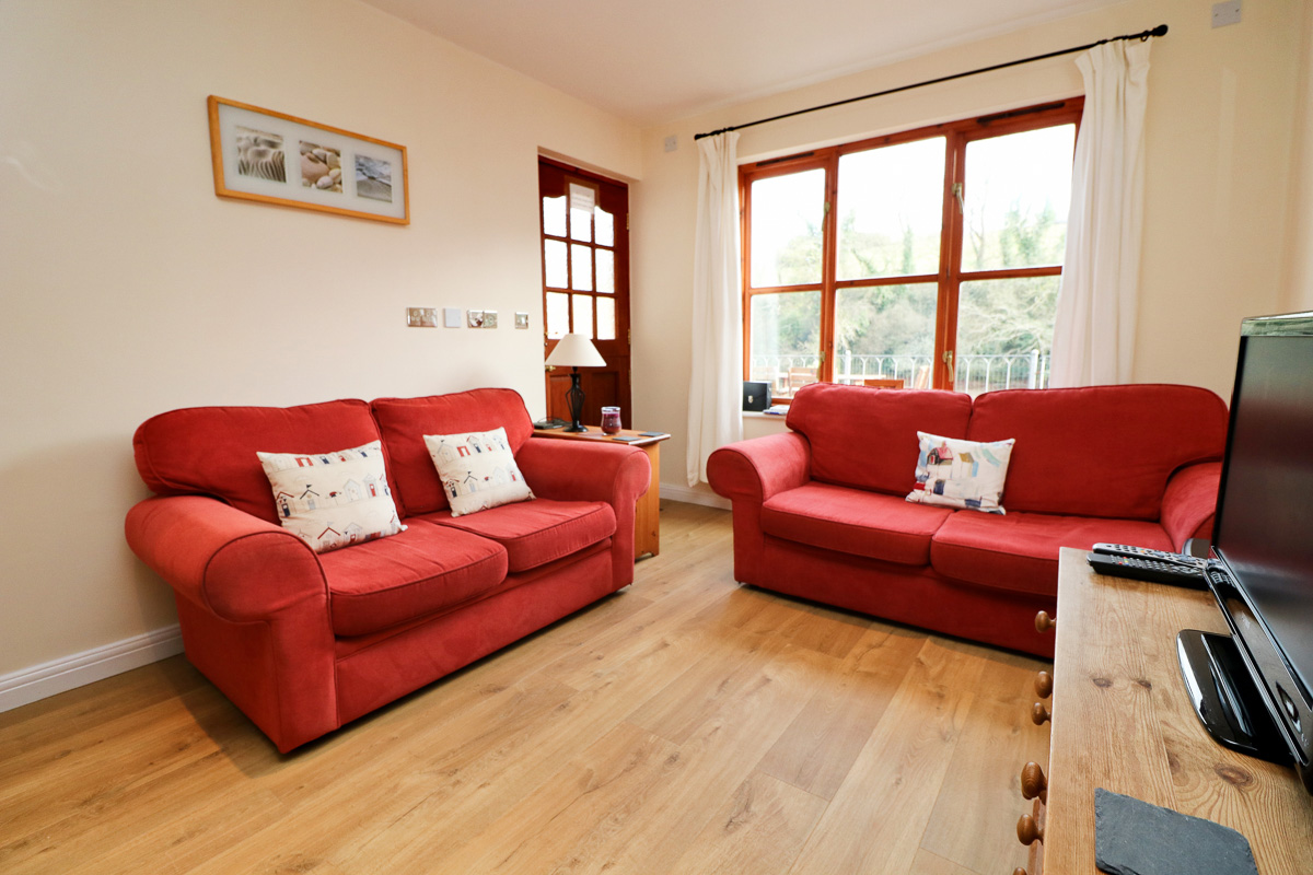 holiday cottage close to Padstow Cornwall living room