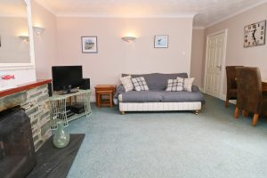 holiday flat in central Padstow Cornwall living room