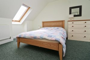 Choca holiday cottage Harlyn Cornwall bedroom