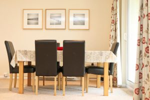 Sandpiper holiday home dining table